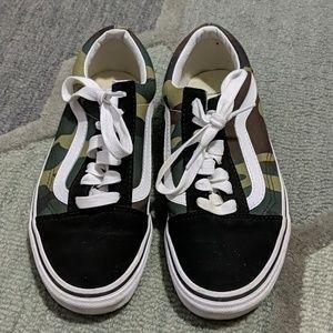 Camo print Vans Old Skool sneakers
